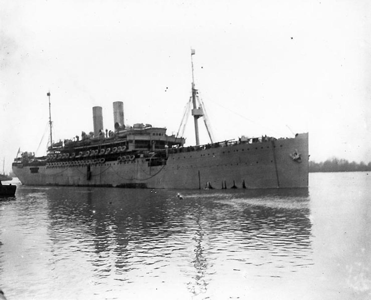 USS Pocahontas. Photograph 1918, courtesy U.S. Naval History and Heritage Command.